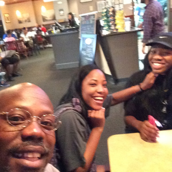 Photo taken at Stone Mountain Pizza Cafe by Russell M. on 5/10/2015
