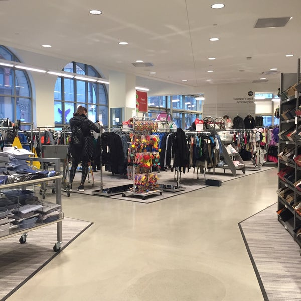Photo Taken At Nordstrom Rack Fulton Street By Pia F On 12 26