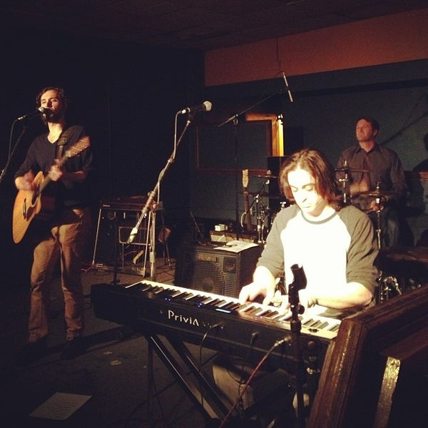 Photo taken at The Beachland Ballroom & Tavern by John H. on 2/23/2013
