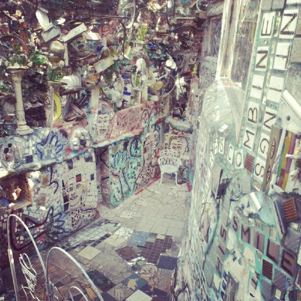 Photo taken at Philadelphia's Magic Gardens by Kondratiev K. on 9/21/2012