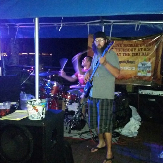 Photo taken at Corky Bell's Seafood by Jahson B. on 9/5/2014