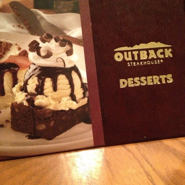 Photo taken at Outback Steakhouse by Hanin K. on 4/15/2013