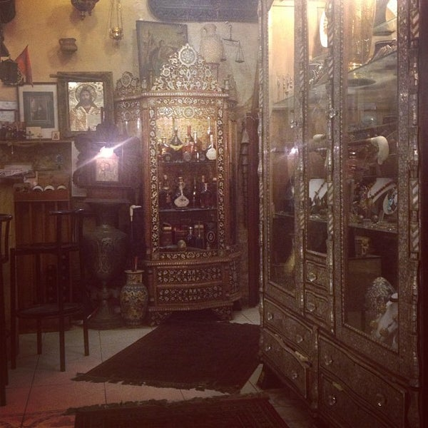 Photo taken at Armenian Tavern by Yana on 5/11/2013