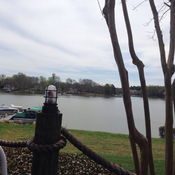 Photo taken at Eddies on Lake Norman by ❤️Melanie K. on 4/5/2014