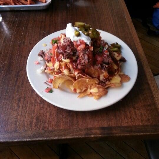 Photo taken at Doc Crow's Southern Smokehouse & Raw Bar by Rachel G. on 11/8/2012