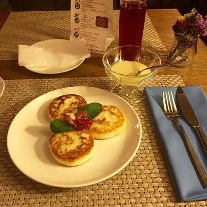 Все очень понравилось, замечательная кухня, особенно хочу выделить сырники, вкуснее еще нигде не пробовал!)