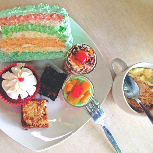2/11/2016 tarihinde ίʓαziyaretçi tarafından Love Desserts'de çekilen fotoğraf