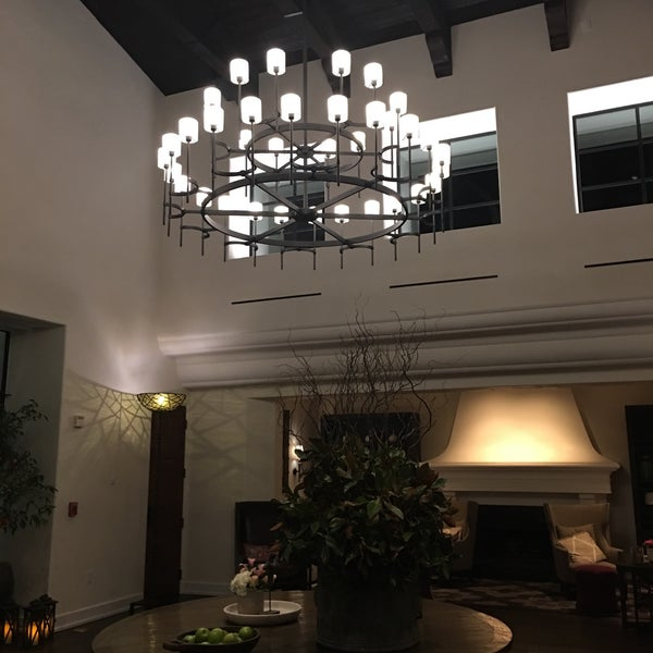 Photo taken at Ojai Valley Inn & Spa by Jace C. on 6/3/2016
