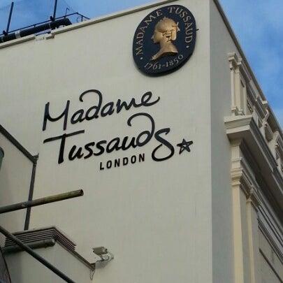 Photo taken at Madame Tussauds by Pablo C. on 10/17/2012