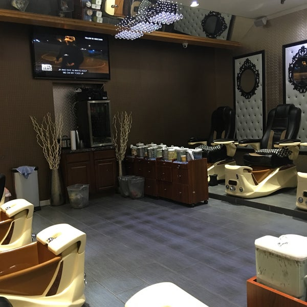 Lux Nails and Spa - Nail Salon in Baltimore