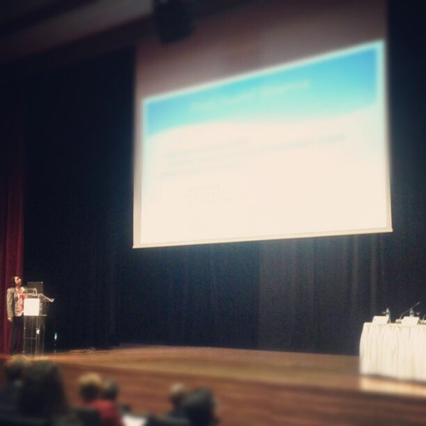11/16/2012 tarihinde Şamil B.ziyaretçi tarafından İstanbul Üniversitesi Kongre Kültür Merkezi'de çekilen fotoğraf