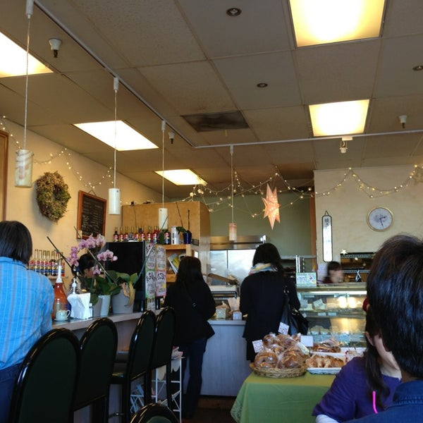 Clover Bakery Tea Room In San Jose
