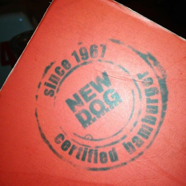 Foto tirada no(a) New Dog por Rafael A. em 1/21/2013