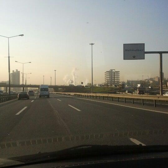 12/11/2012 tarihinde Bulent T.ziyaretçi tarafından Basın Ekspres Yolu'de çekilen fotoğraf