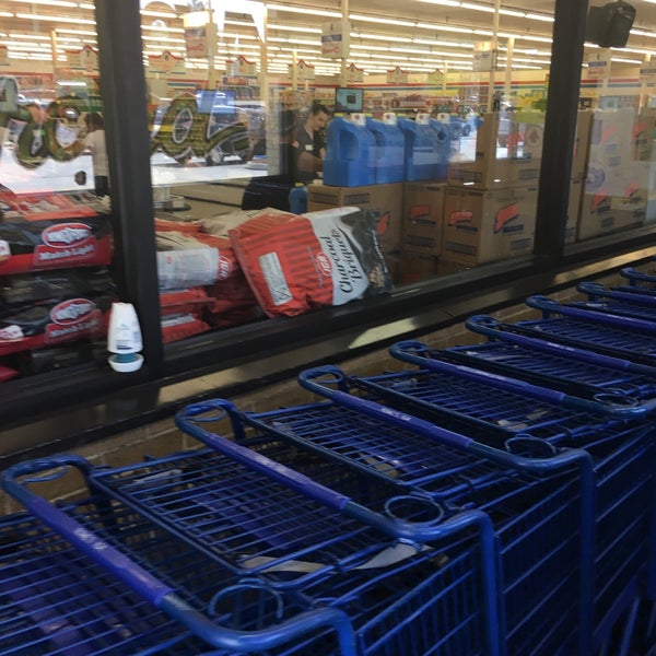 photo taken at rowes iga by haslyn h on 4