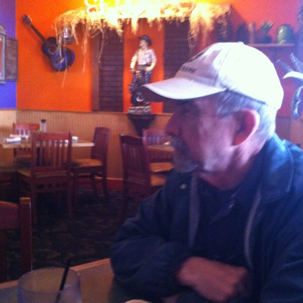 Photo taken at El Rodeo Mexican Bar & Grill by Joy D. on 2/1/2013
