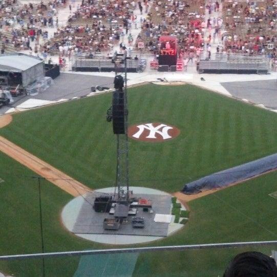 Photo taken at Yankee Stadium by Nilesh P. on 7/20/2013