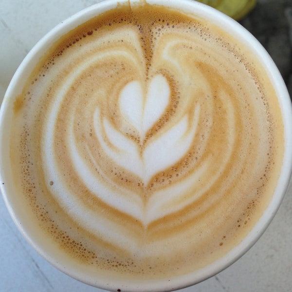 Снимок сделан в Bonanza Coffee пользователем Markus E. 5/5/2013