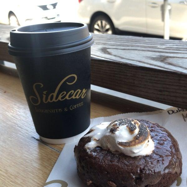Photo prise au Sidecar Doughnuts & Coffee par Duc N. le5/14/2018