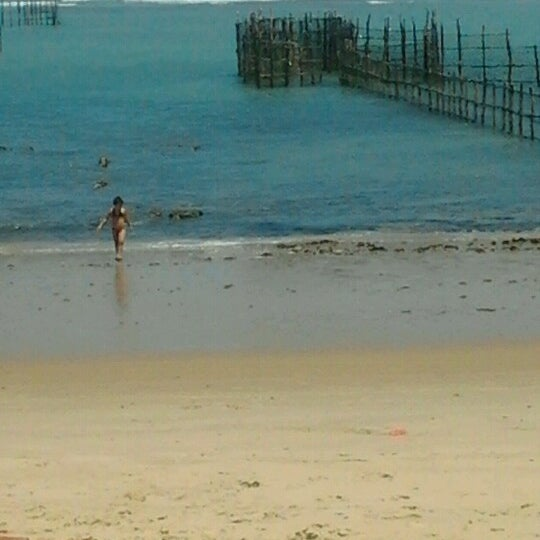 Foto tirada no(a) Praia da Garça Torta por Lívia A. em 10/19/2012