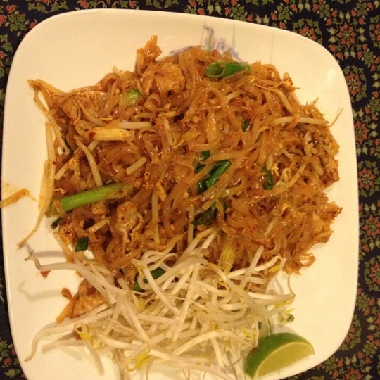 Thai aroma 10 tips from 298 visitors for Aroma thai cuisine