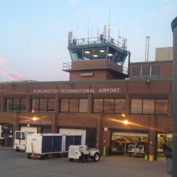 Foto tomada en Burlington International Airport (BTV) por Gahlord D. el 8/16/2013