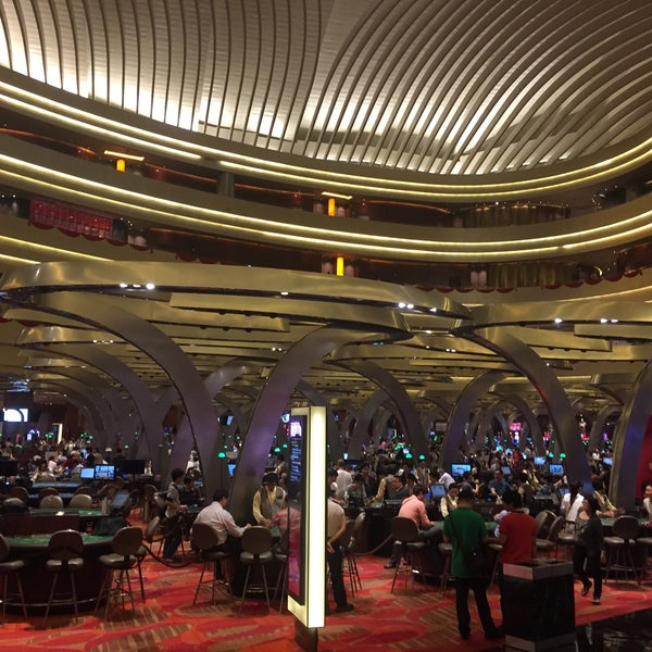 Photo taken at Marina Bay Sands Casino by Erik M. on 2/17/2015