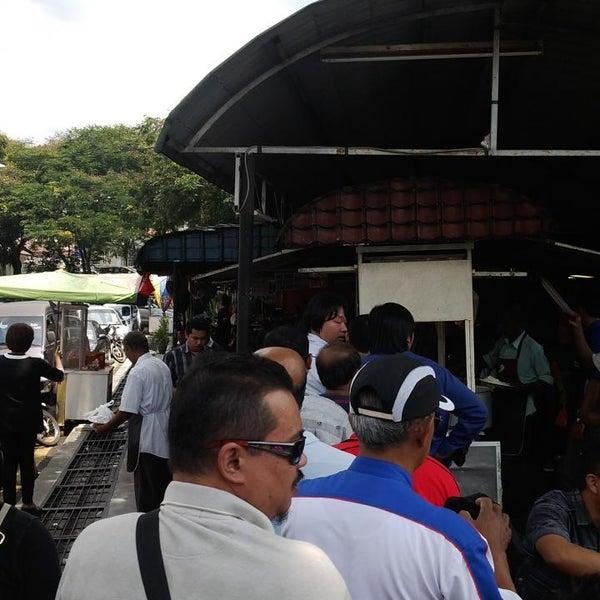 Photo taken at Bangsar Fish Head Corner by Karthik K. on 5/8/2013