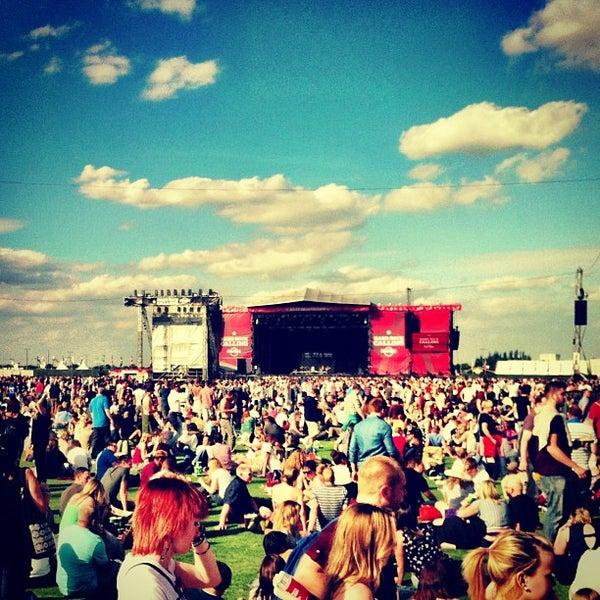 6/29/2013 tarihinde Андрей Н.ziyaretçi tarafından Queen Elizabeth Olympic Park'de çekilen fotoğraf