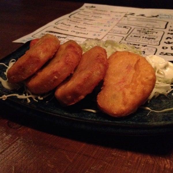 Photo taken at Kinkaku Izakaya 金かく燒鳥居酒屋 by Bea on 6/10/2014