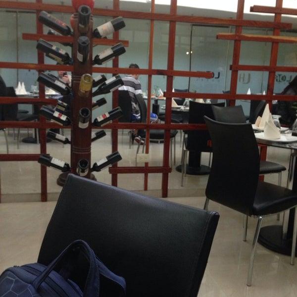 Foto tomada en Loft Hotel Pasto por Ricardo B. el 1/15/2014