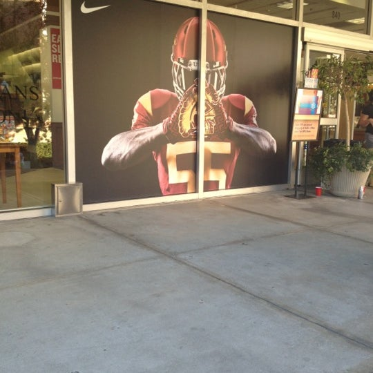 Photo taken at USC Bookstore (BKS) by Syreeta T. on 11/3/2012