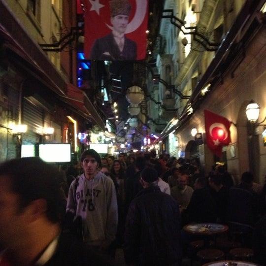 11/3/2012 tarihinde Mehmet Ö.ziyaretçi tarafından Sanat'de çekilen fotoğraf