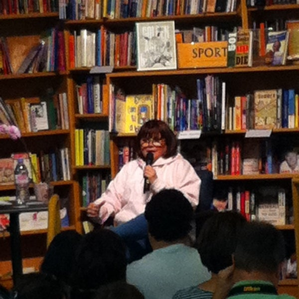 Photo taken at Changing Hands Bookstore by Betty S. on 10/6/2013