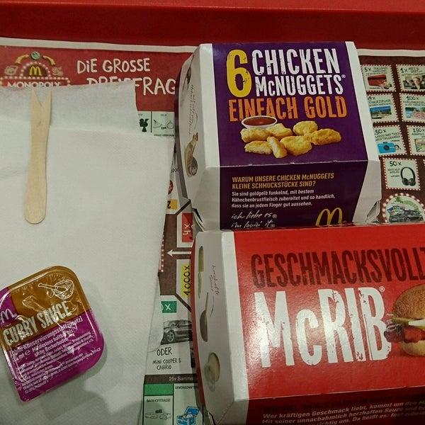 Das Foto wurde bei McDonald's von Uwe M. am 12/25/2016 aufgenommen