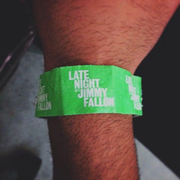 Foto tirada no(a) Late Night with Jimmy Fallon por Manny H. em 10/2/2013