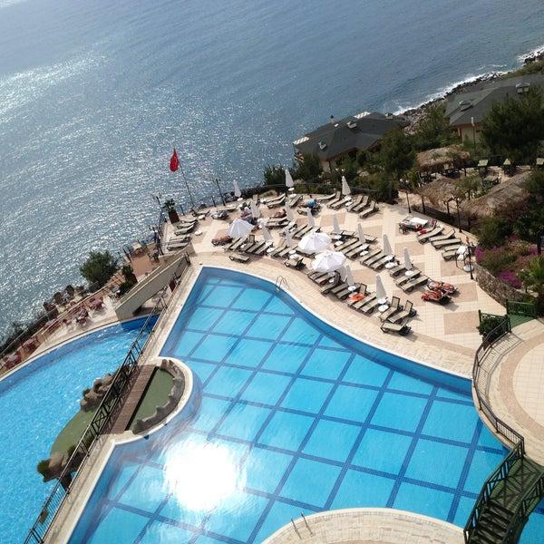 4/20/2013 tarihinde Hacı Cengizziyaretçi tarafından Utopia World Hotel'de çekilen fotoğraf