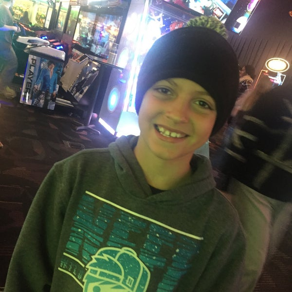 Photo taken at Dave & Buster's by Tony A. on 4/9/2016
