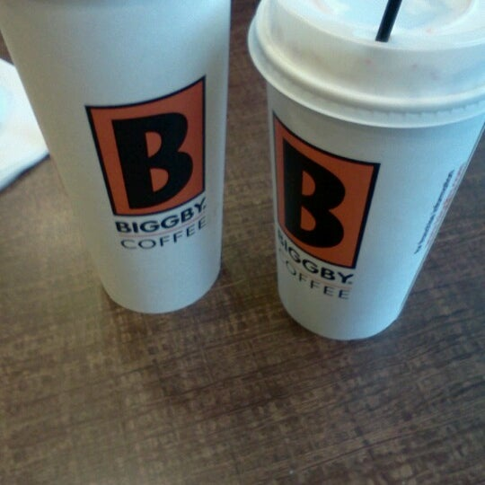 Photo taken at BIGGBY COFFEE by Jordan B. on 11/23/2012
