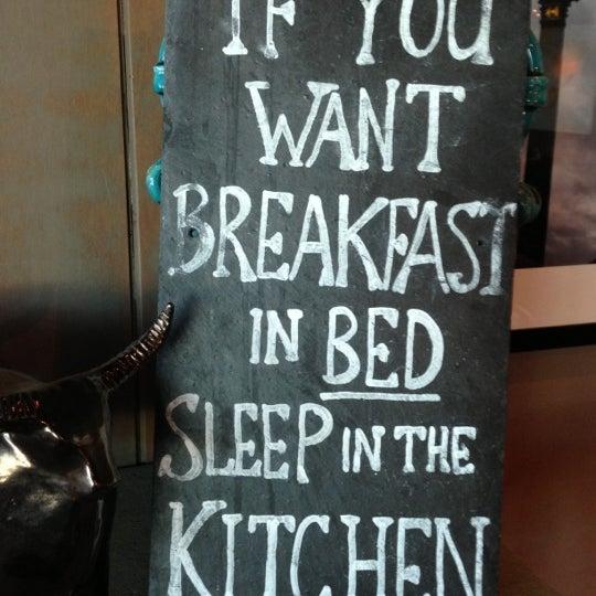 Photo taken at The Tin Goose (Pub & Kitchen) by Jay K. on 11/25/2012