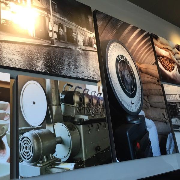 3/26/2016에 Wahid M.님이 Starbucks에서 찍은 사진