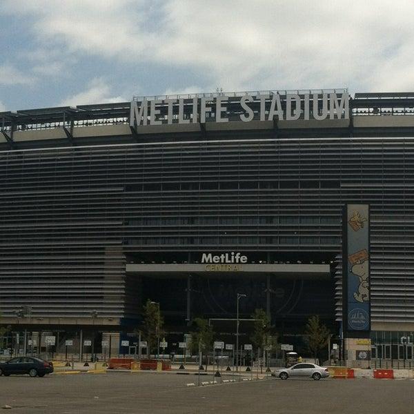 Photo taken at MetLife Stadium by Ang on 7/21/2013