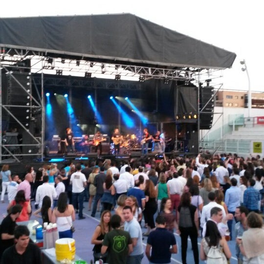 Photo taken at Ciudad de la Raqueta by Luis D. on 6/28/2014