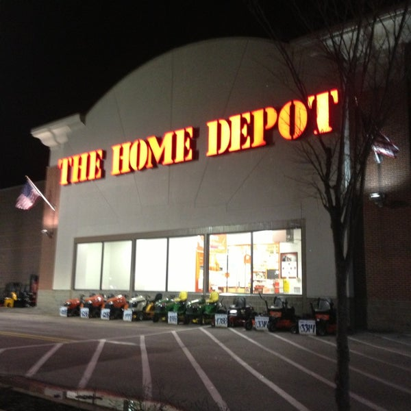 Home depot st louis mo lindbergh insured by ross for Paint home depot vs lowes