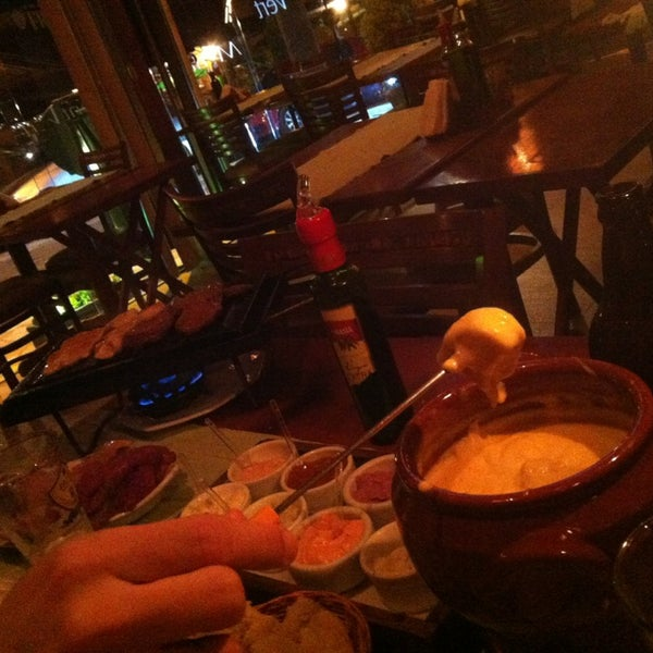 Foto tirada no(a) Restaurante Mont Vert por Paula Y. em 10/4/2013