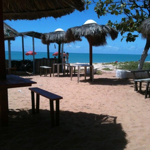Foto tirada no(a) Praia de Guaxuma por Vanildo O. em 2/16/2013