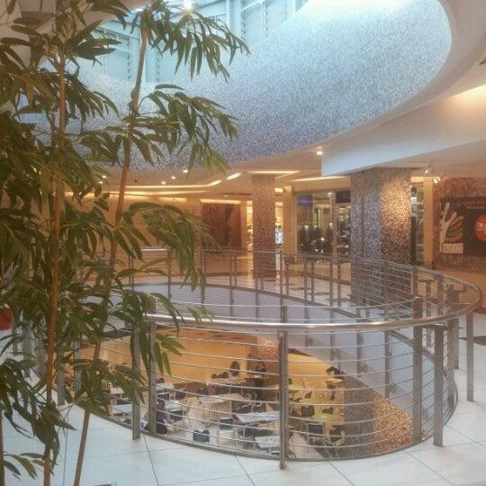 Foto scattata a Centro Commerciale Parco Leonardo da Alessandro C. il 11/12/2012