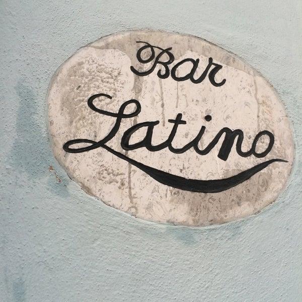Foto tomada en Bar latino por Victor S. el 9/20/2014