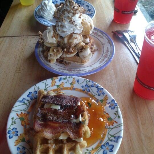 Foto tirada no(a) The Waffle Window por Tim B. em 1/24/2013