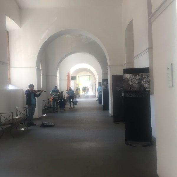 Foto tirada no(a) Museo Chileno de Arte Precolombino por Brian C. em 10/22/2016